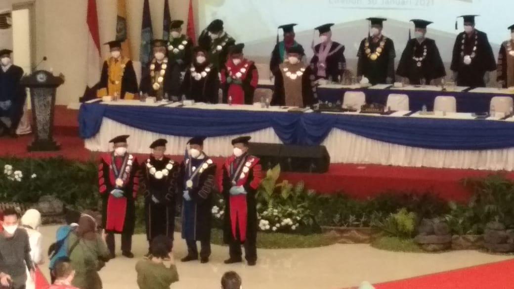 Foto Bersama Ketua Senat